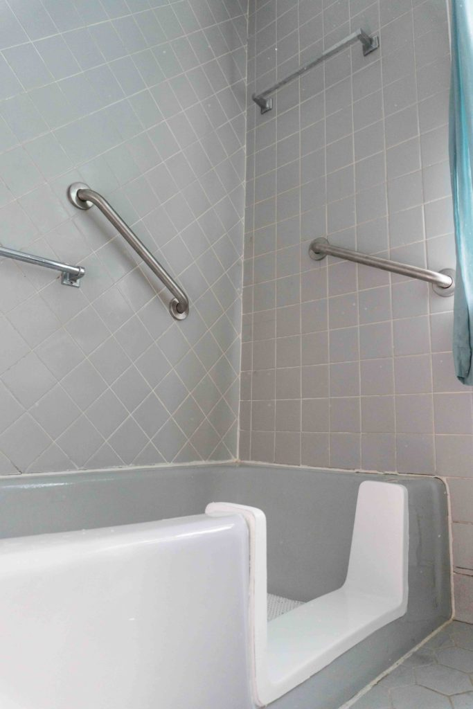 Bathtub Conversion - Native Sons Home Services