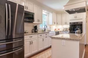 Crosby Kitchen 01